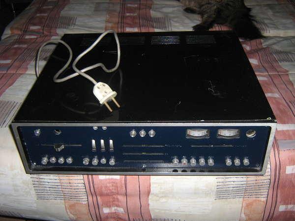 УНЧ+РадиоЧМ Стерео (Аппарату 30 лет, а он еще в рабочем состоянии.
