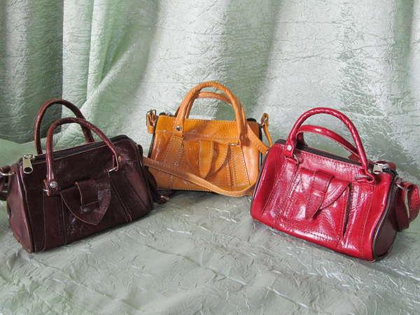 Все сумки из верблюжьей кожи.  Сумки-фенечки, размер 15*7*10 см, цвета...